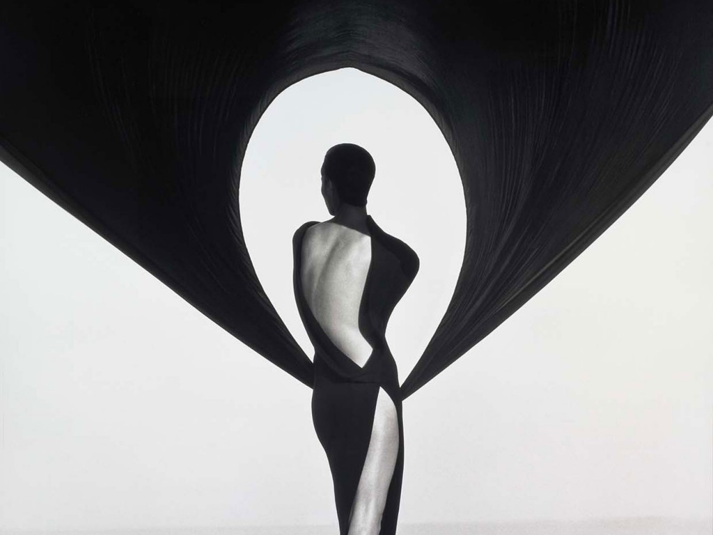 Herb Ritts, Versace Dress, Back View, El Mirage, 1990. Photograph, gelatin silver print. Gift of Herb Ritts. © Herb Ritts Foundation